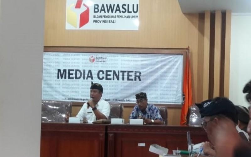 RAPAT FINALISASI RENCANA KERJA DAN ANGGARAN BAWASLU KABUPATEN/KOTA SE-BALI TAHUN 2019